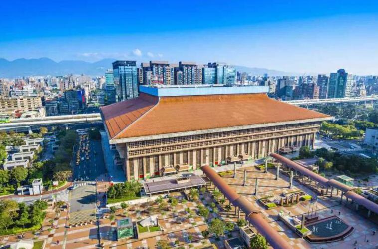 高鐵台北站平面圖